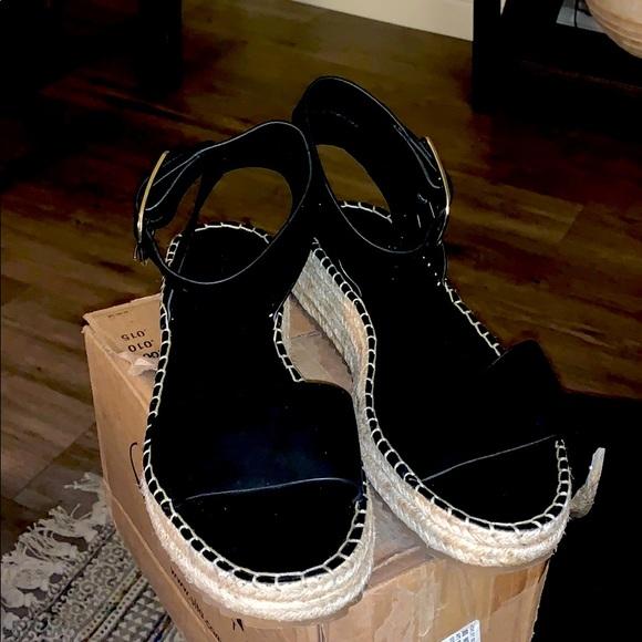 Black Sandals by Zara